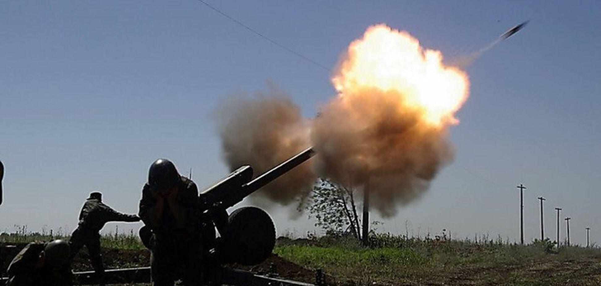 В 'ДНР' обстреляли российских пропагандистов: момент попал на видео