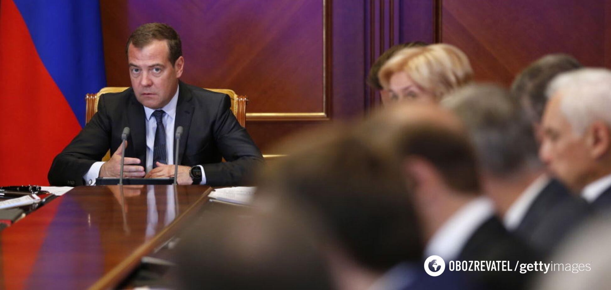 Путина убедили: в России заговорили о скорой отставке Медведева