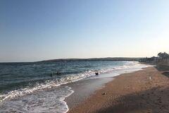 'Нищеброды!' В Крыму местные жители высмеяли российских туристов