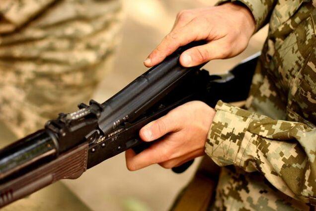 В Балаклее застрелился солдат