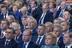 Российские и украинские 'слуги народа: ощути разницу