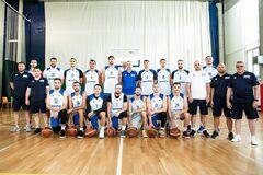 Збірна України з баскетболу провела перше тренування з новим тренером