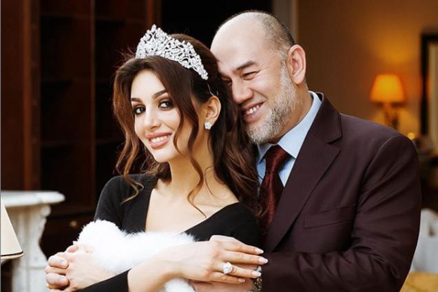 """""""Мисс Москва"""" подтвердила развод с экс-королем Малайзии"""