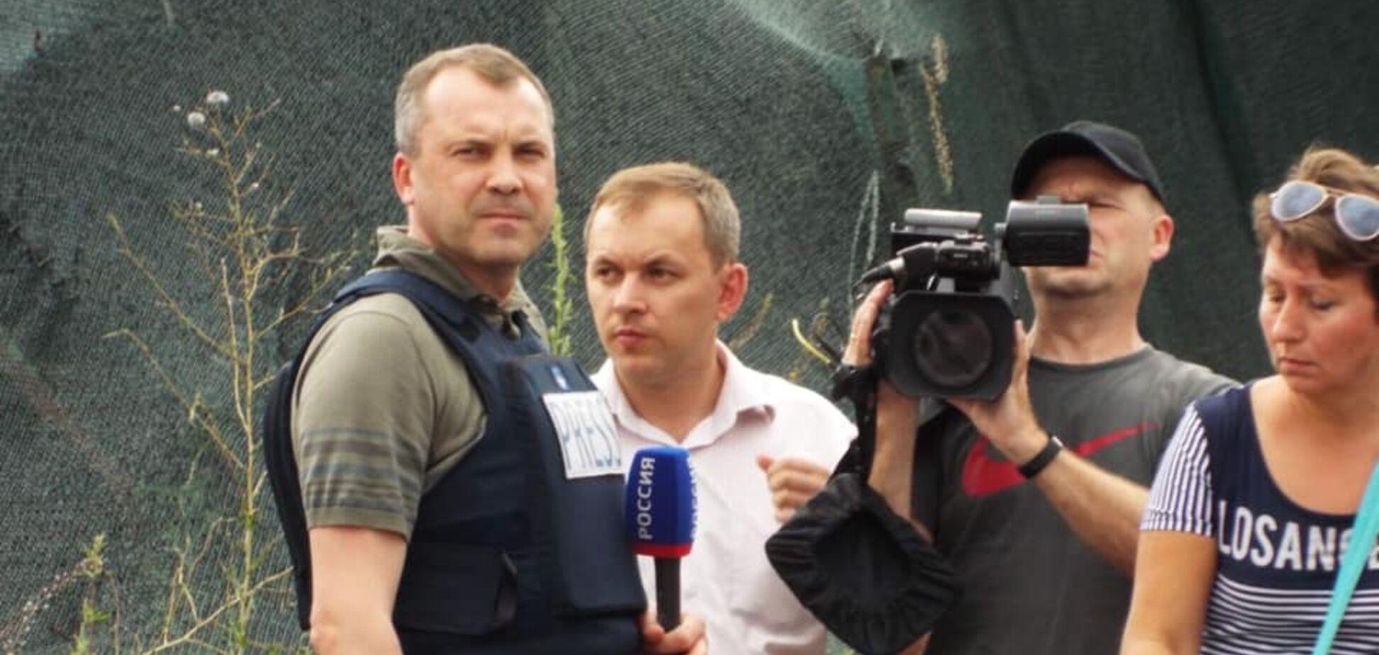 Евгений Попов на мосту в 'ЛНР'