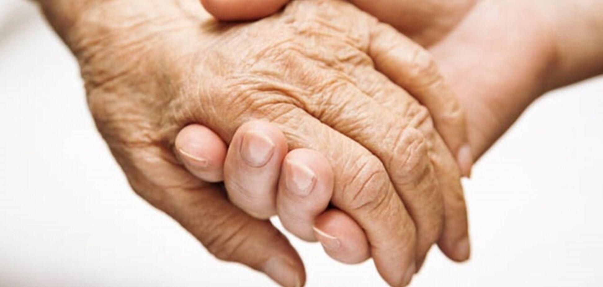 Допомога пенсіонерам: в Павлограді приєдналися до благодійного флешмобу. Фото