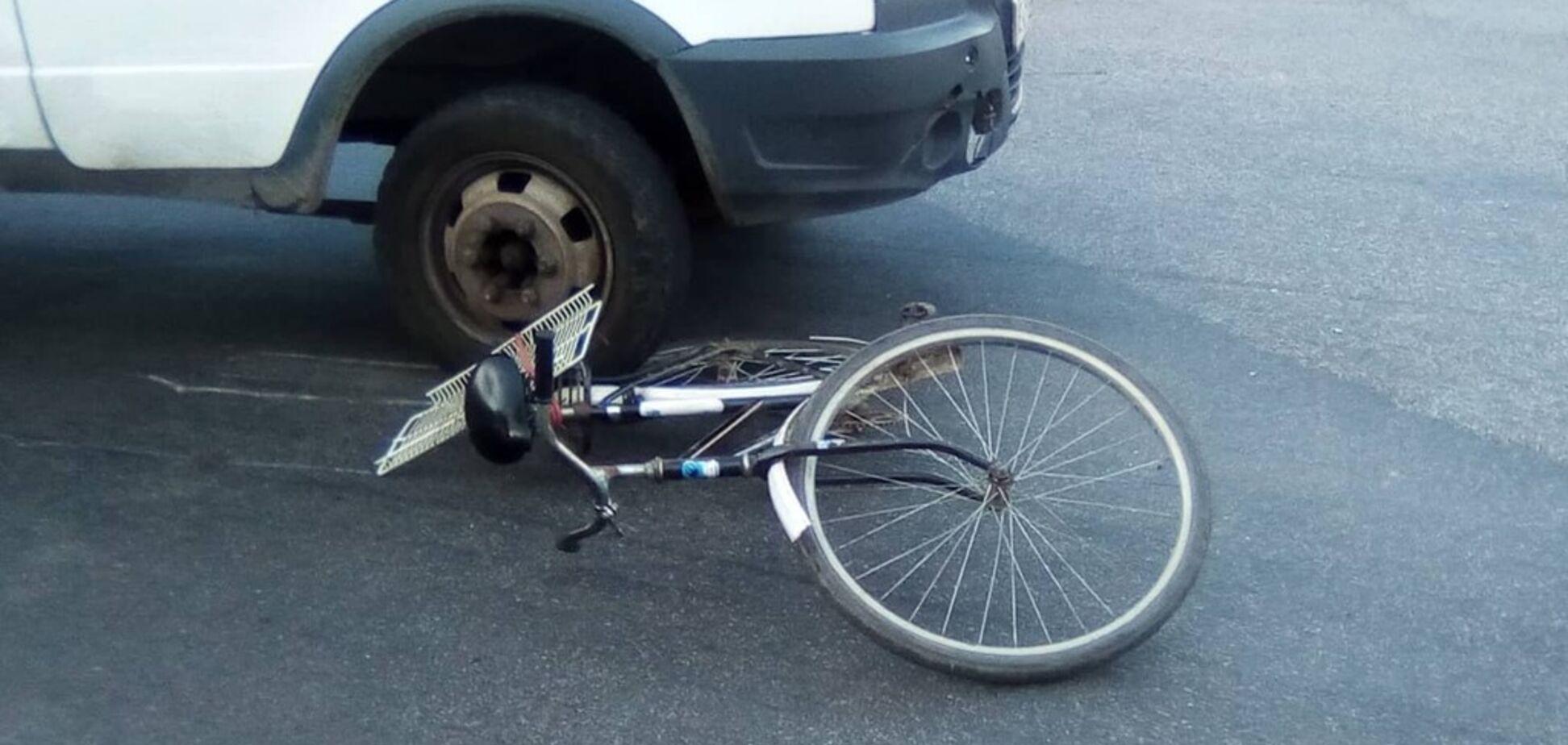 В Днепре грузовой автомобиль сбил женщину на велосипеде