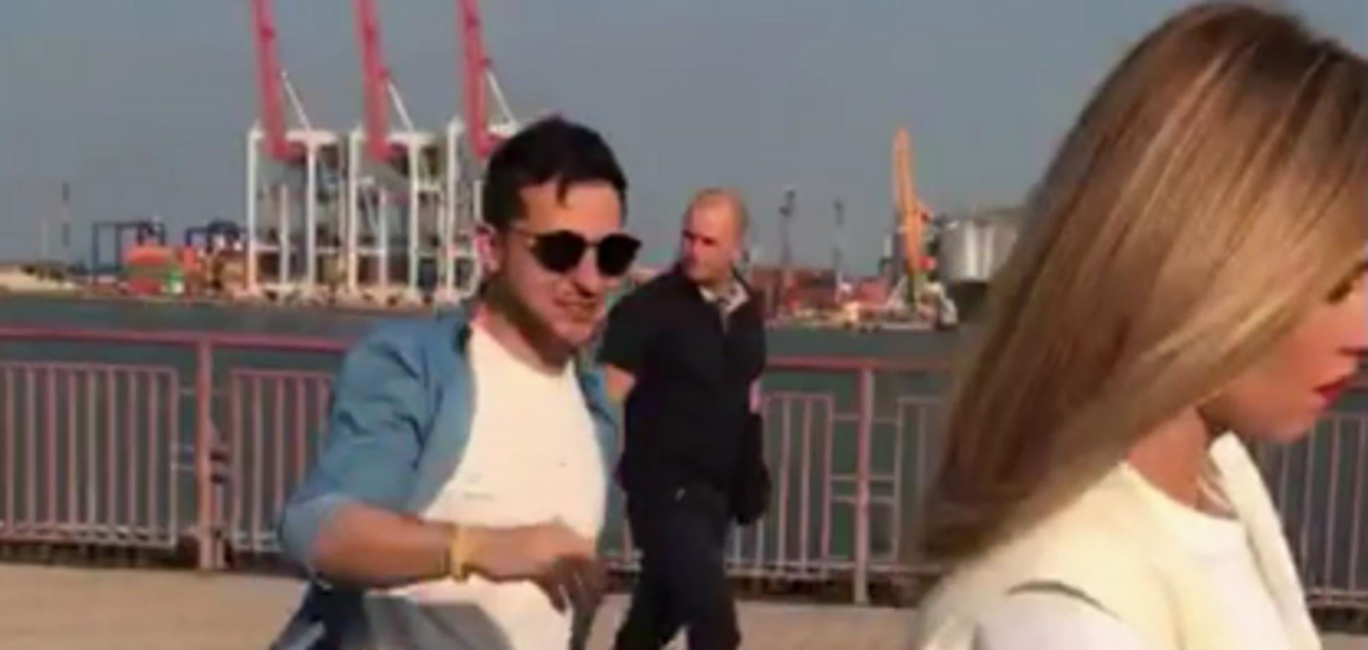 Зеленський приїхав в Одесу на 'Лігу сміху': в мережу потрапили відео та фото