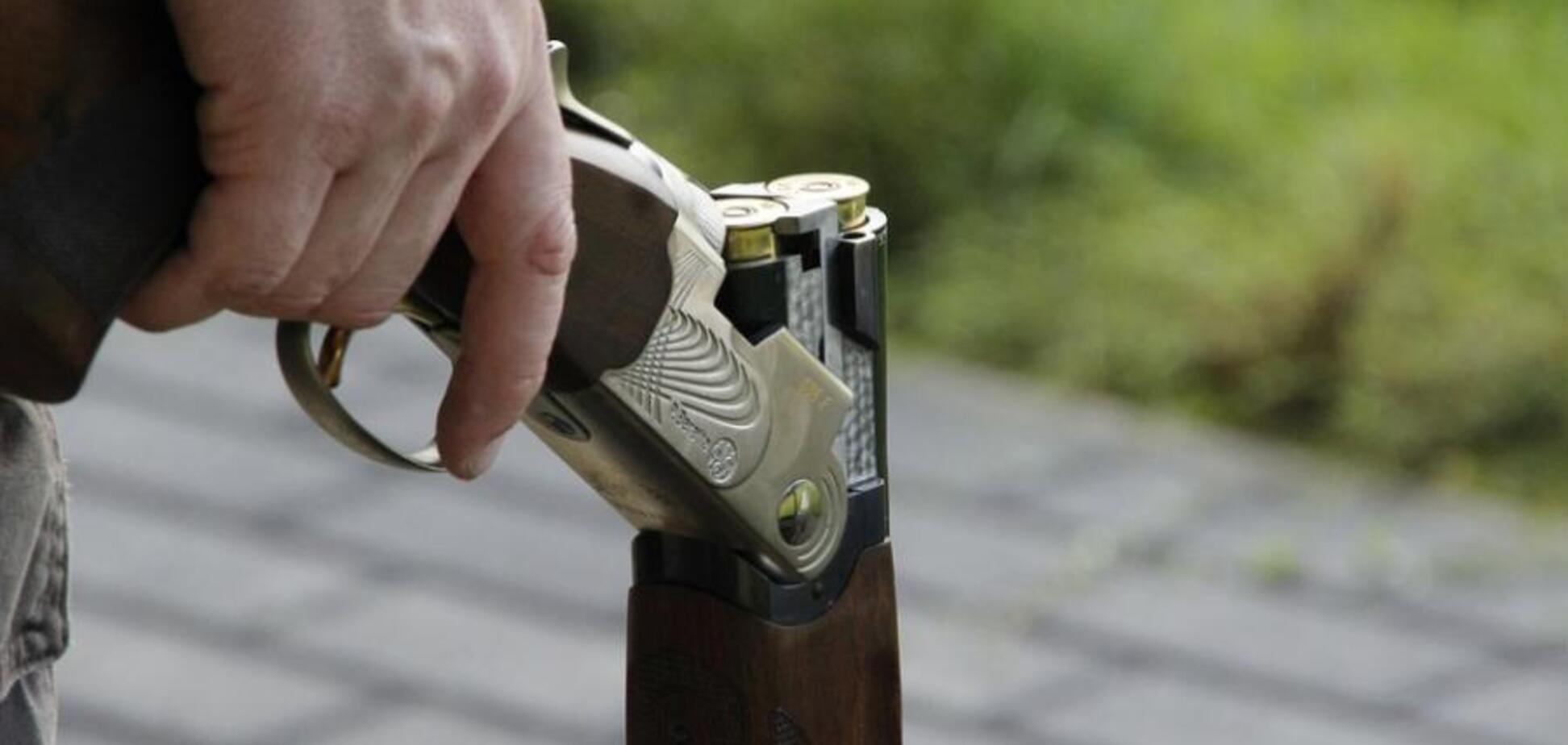 В Днепре пьяный сын выстрелил в своего отца. Фото