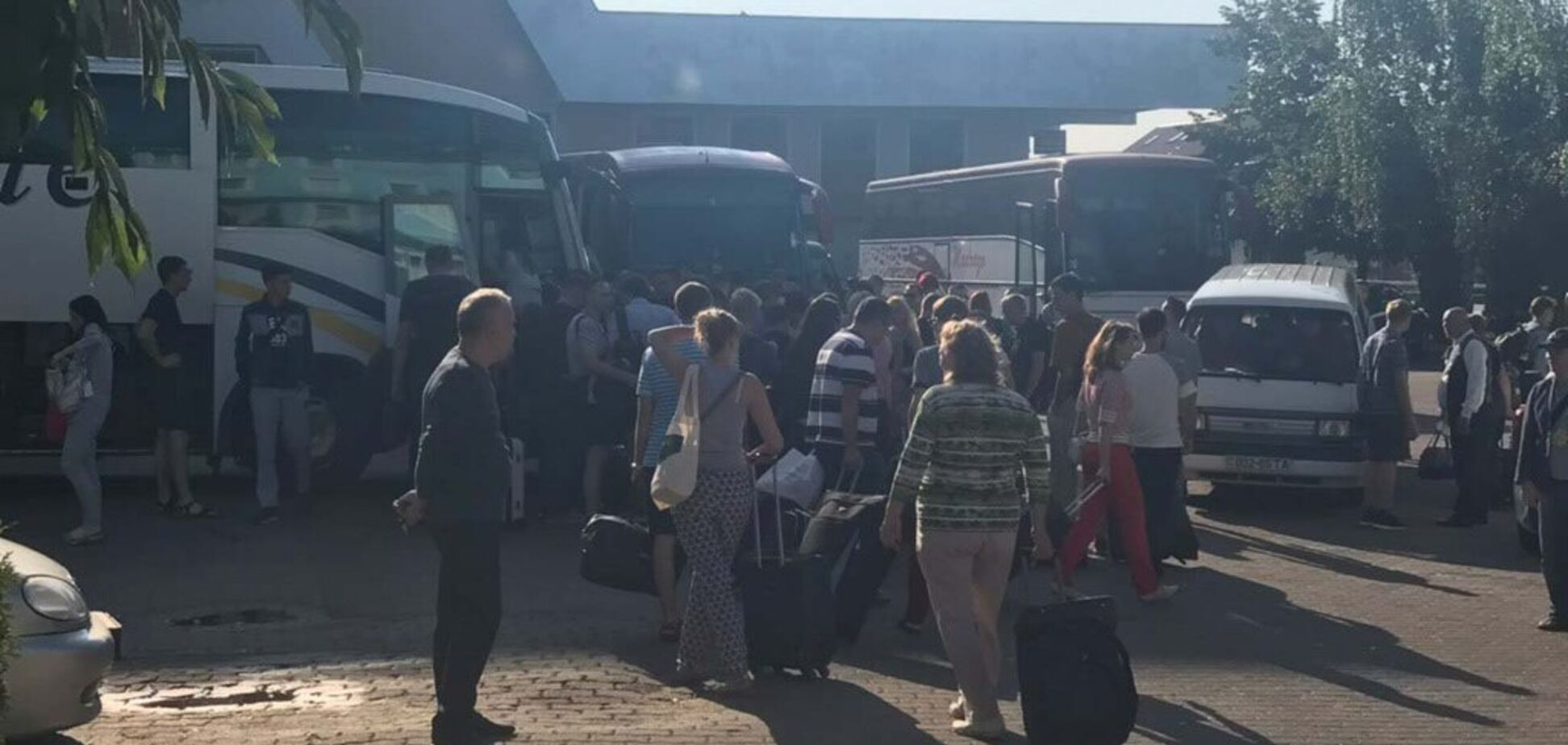 Кандидаты от 'Слуги народа' массово приехали в курортный город: фото и видео