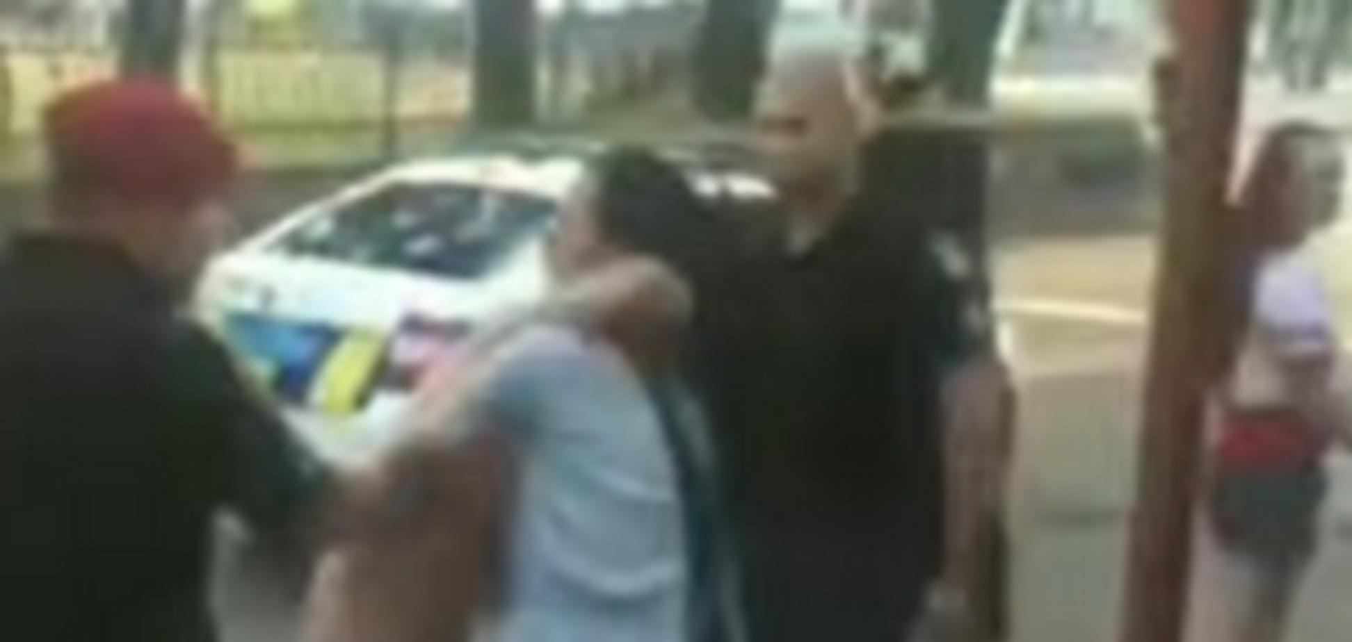 Поругались из-за парня: в Николаеве произошла массовая драка