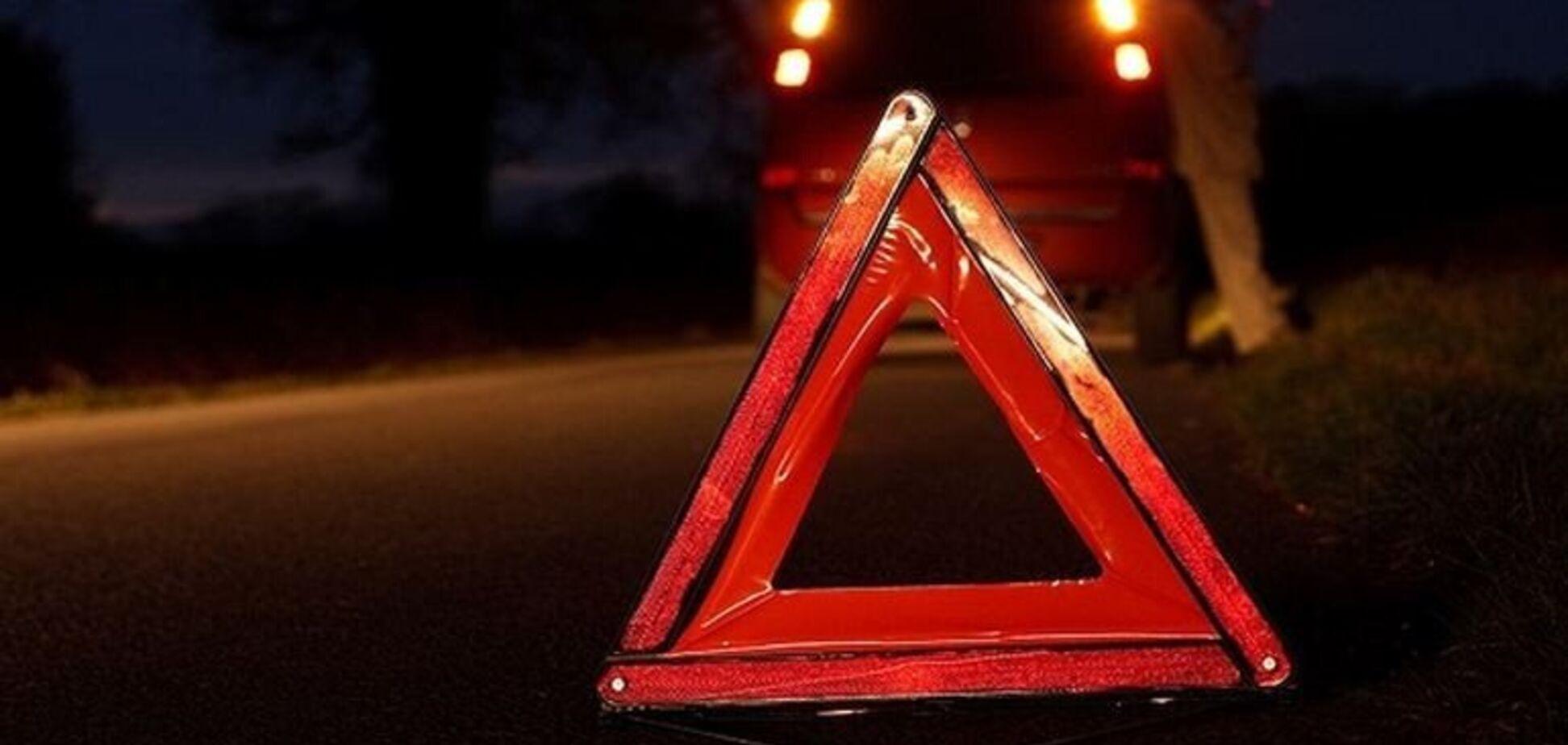 В Днепре автомобиль сбил девушку на 'зебре'