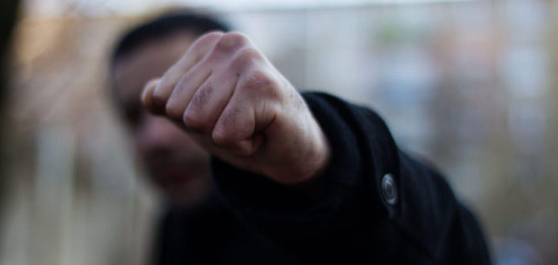 Покинули помирати на вулиці: під Дніпром по-вірячому розправилися з чоловіком