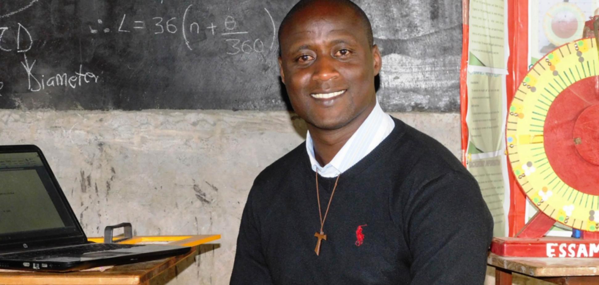'Отдаю 80% прибыли ученикам': лучший преподаватель мира растрогал историей жизни