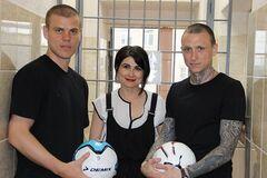 Кокорін і Мамаєв вийшли із в'язниці: всі подробиці