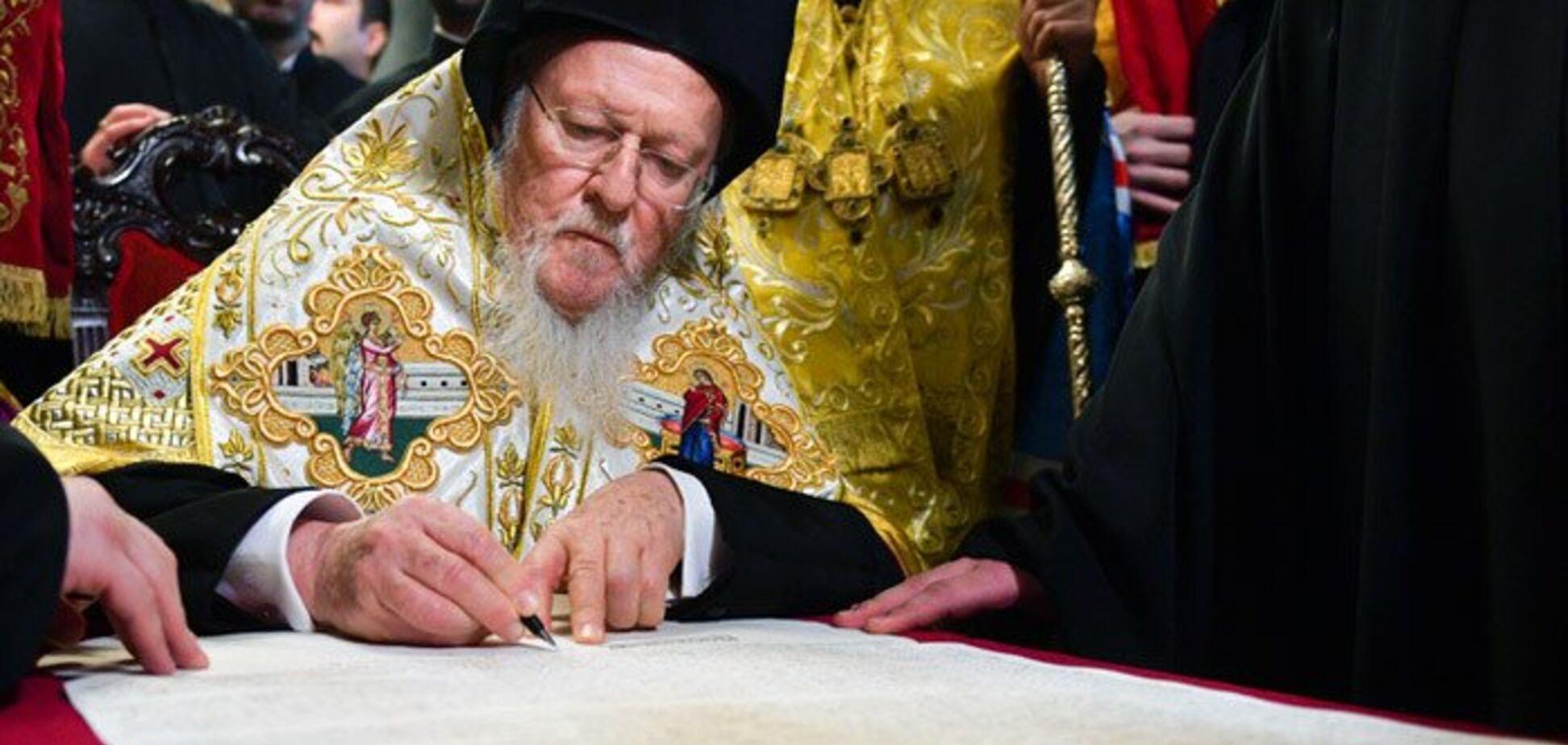 'Украинские церкви забрали греки': Ницой объяснила скрытую суть Томоса