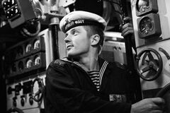 Что на самом деле произошло с подводной лодкой 'Лошарик'
