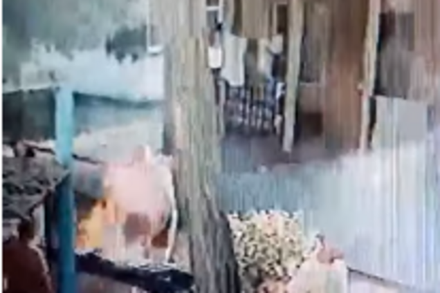 Турист облив себе рідиною для розпалювання вогню