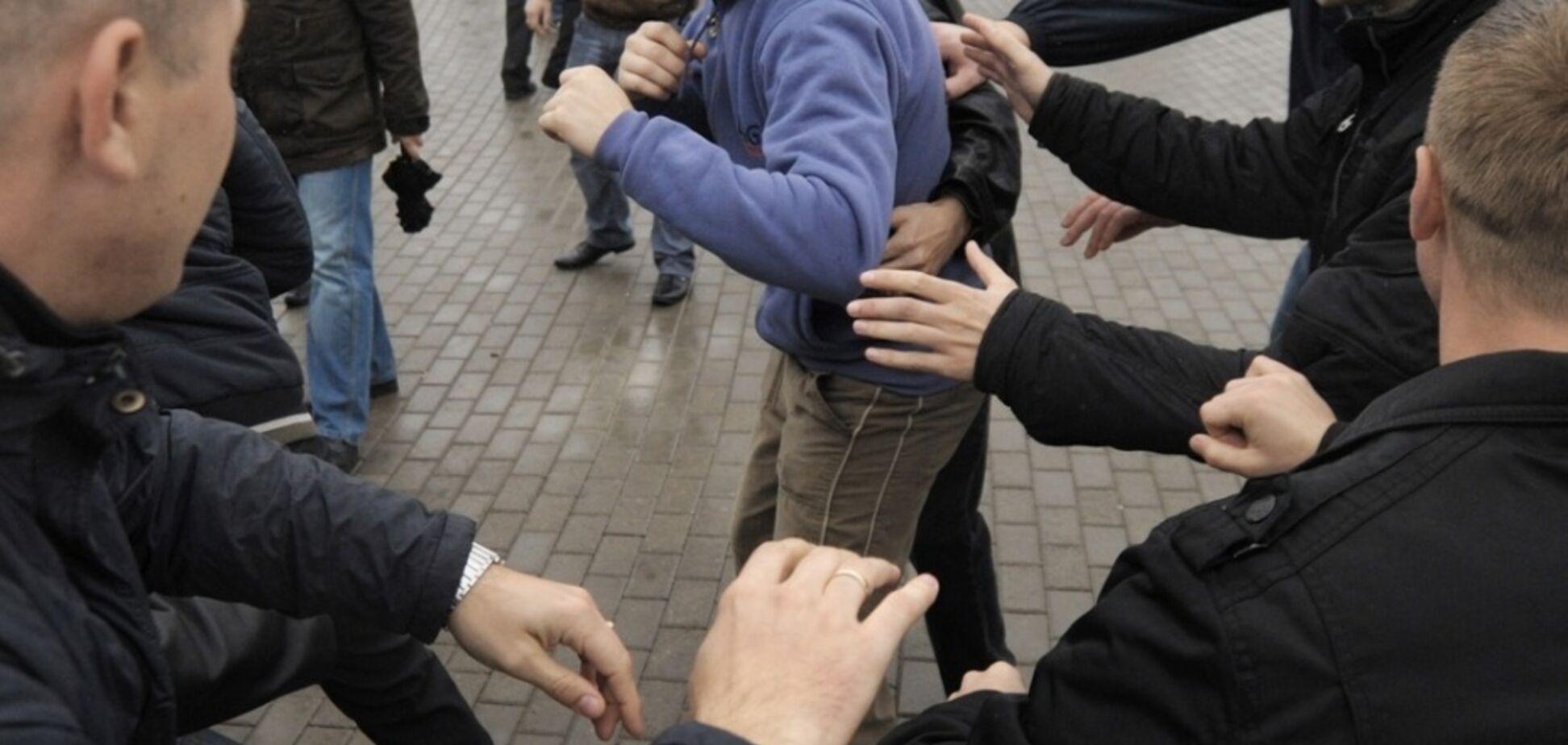 У Дніпрі сталася масова бійка з пострілами: є постраждалі. Фото й відео