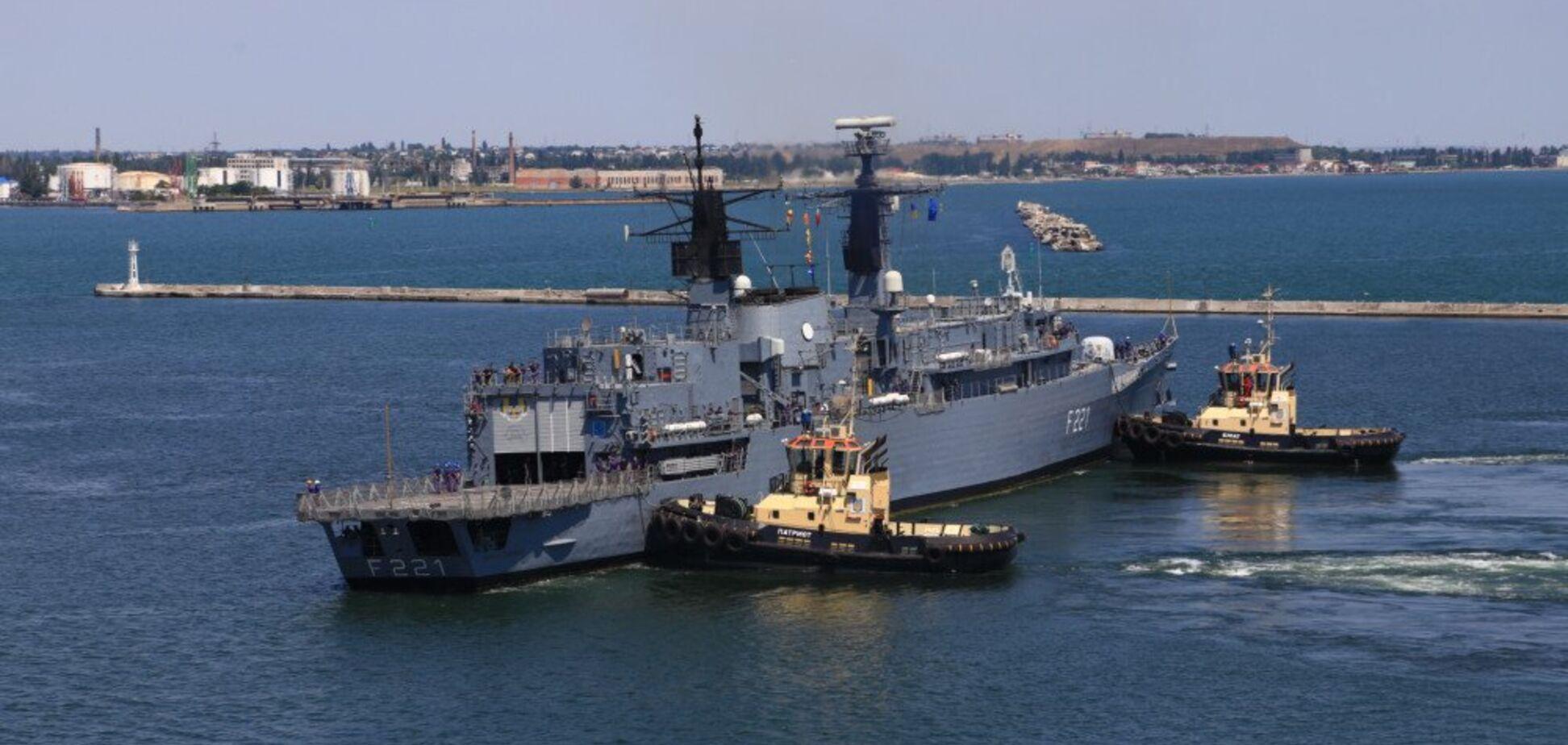 В Одессу зашли боевые корабли НАТО. Фото и видео