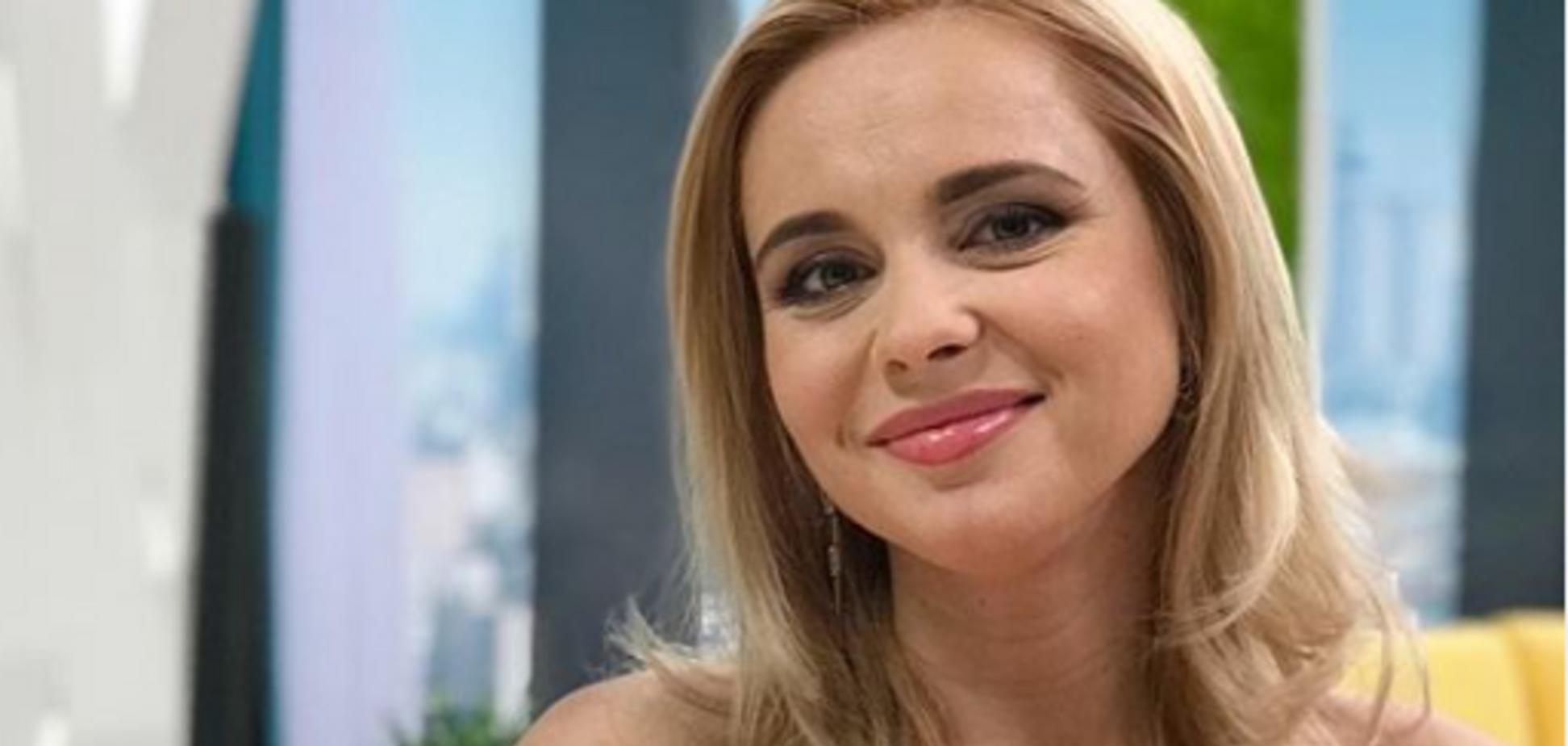 Украинская телеведущая засветила пышную грудь: горячее фото