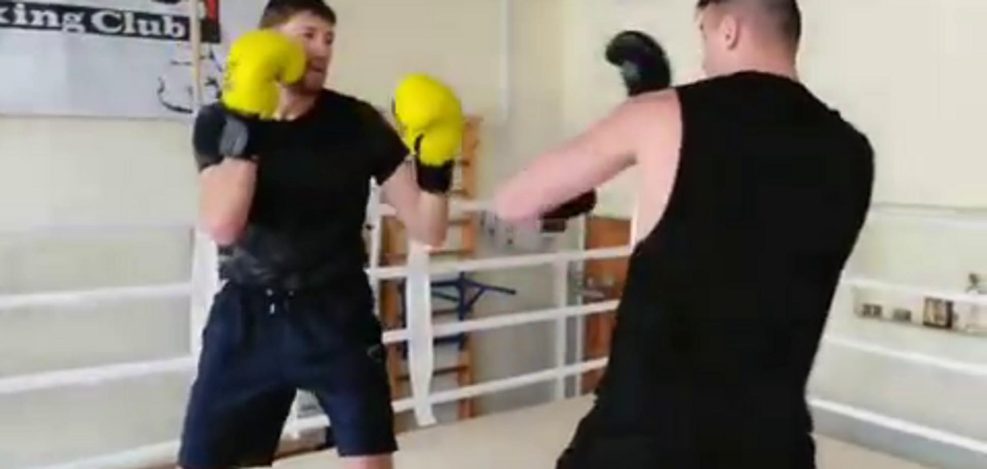 Непобедимый боксер 'побил' лидера сборной Украины