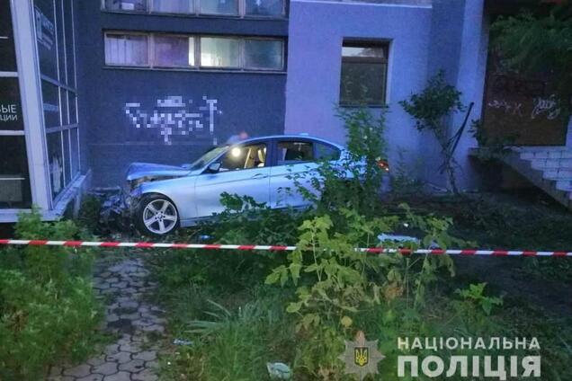 В Одессе водитель разбился, убегая от полиции