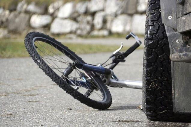 У Дніпрі велосипедиста збив автомобіль