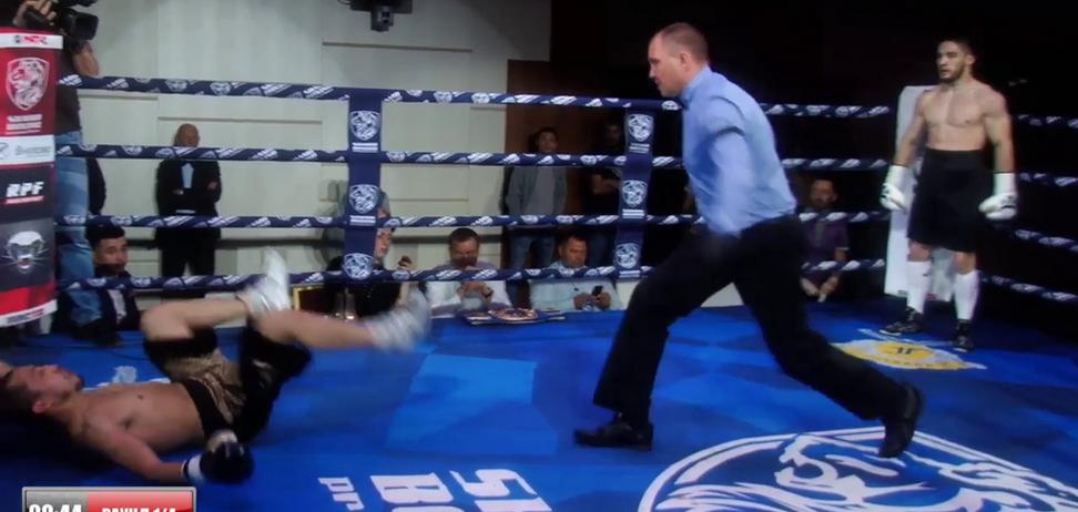 Російський боксер відправив суперника шкереберть у нокаут