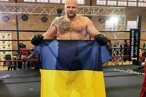 Украинский супертяж победил эффектным нокаутом
