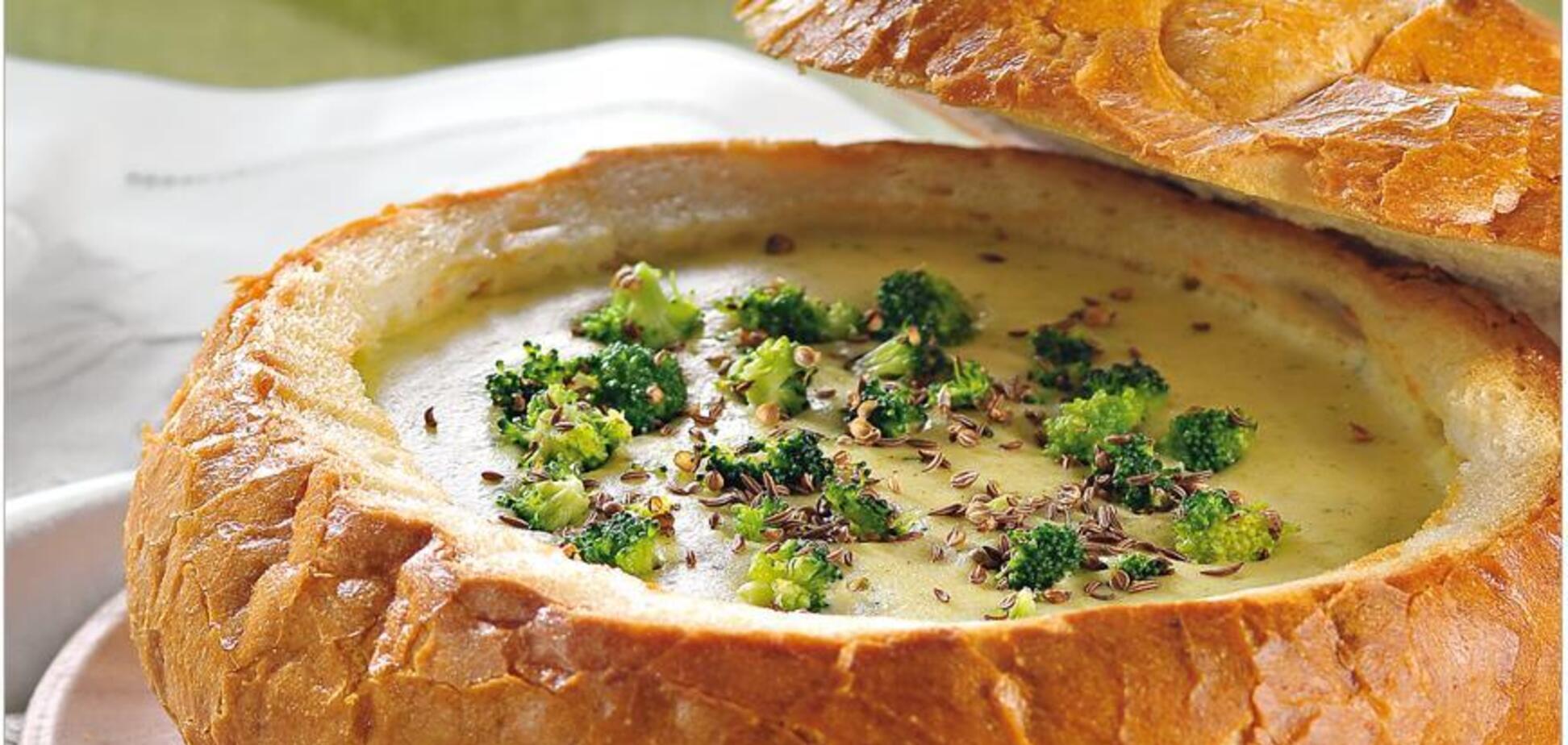 Рецепт дуже смачного супу в хлібі