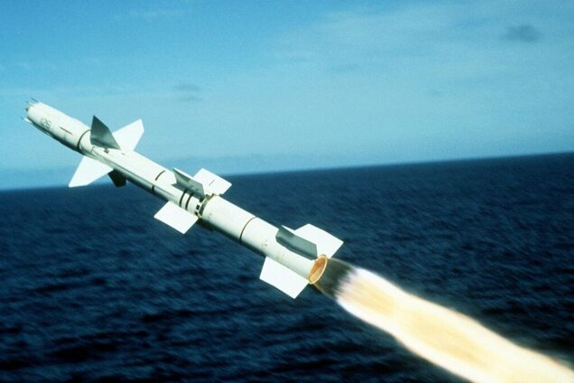 Крылатая ракета, иллюстрация