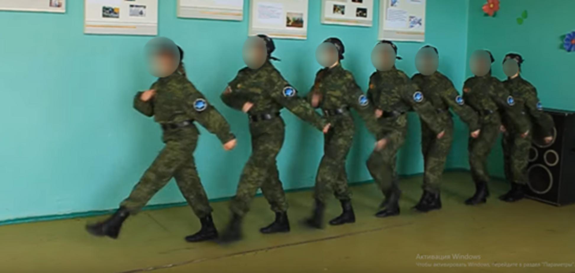 'ДНРовцы' обучали детей стрелять и взрывать бомбы на Донбассе: доказательства