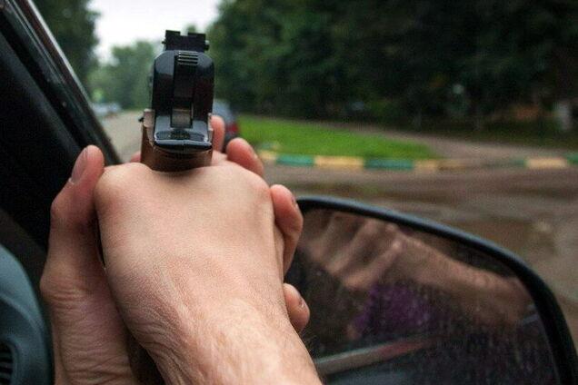 Поліція затримала підозрюваних у стрілянині по автомобілю з людьми