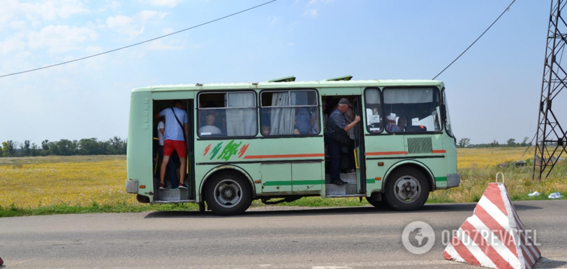 'Д*билы, позорище!' Жителей Донбасса взбесил 'прорыв' от главарей 'Л/ДНР'