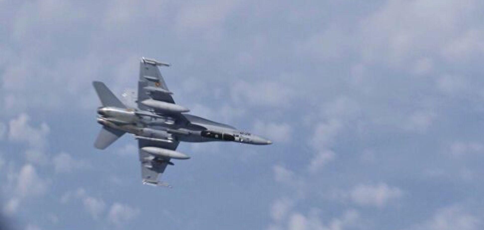 Самолет России чуть не протаранил истребитель НАТО