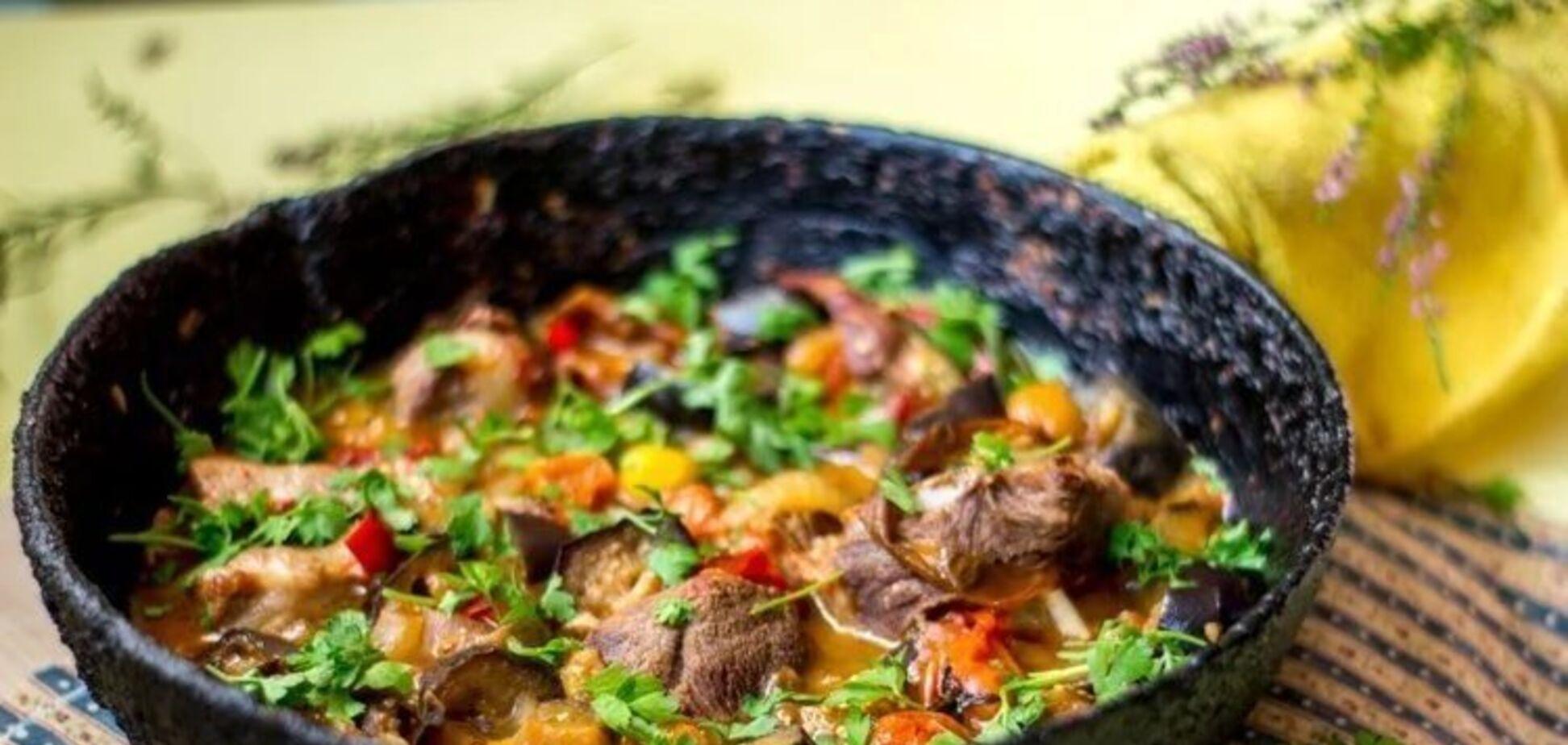 Рецепт надсмачної кавказької страви з баклажанами
