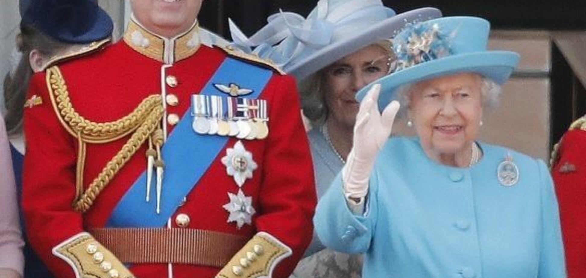 Сын королевы Елизаветы оказался замешан в громком секс-скандале: что произошло