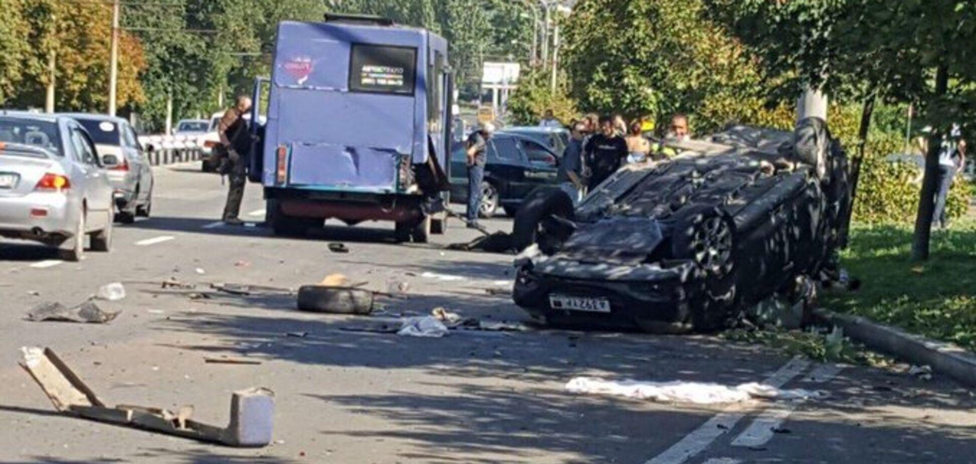 У центрі Донецька трапилася кривава ДТП: загинули діти. Фото аварії