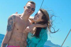 'Масочки, наручники': футболист, который был женат на Бузовой, рассказал о предпочтениях в сексе