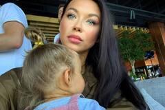 Жена Ступки впервые показала публике дочку: как выглядит малышка