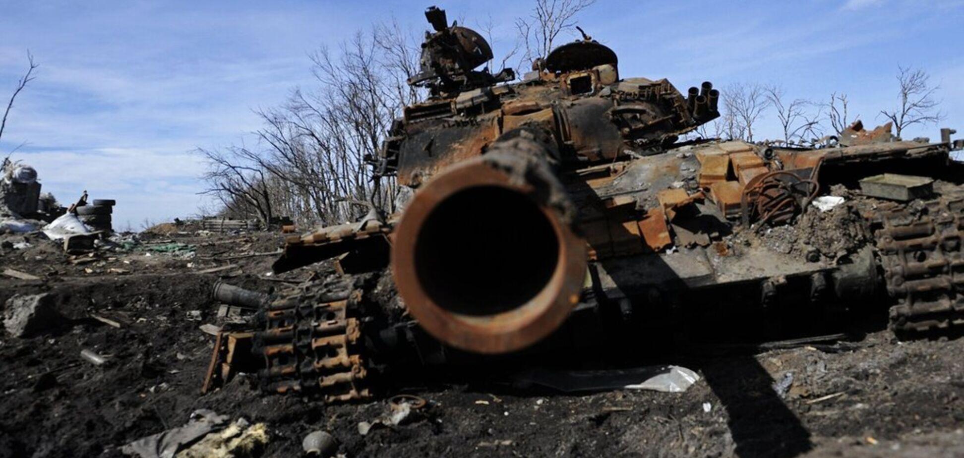 'Добивали поранених в Іловайську': від Зеленського вимагають визнати війну з РФ