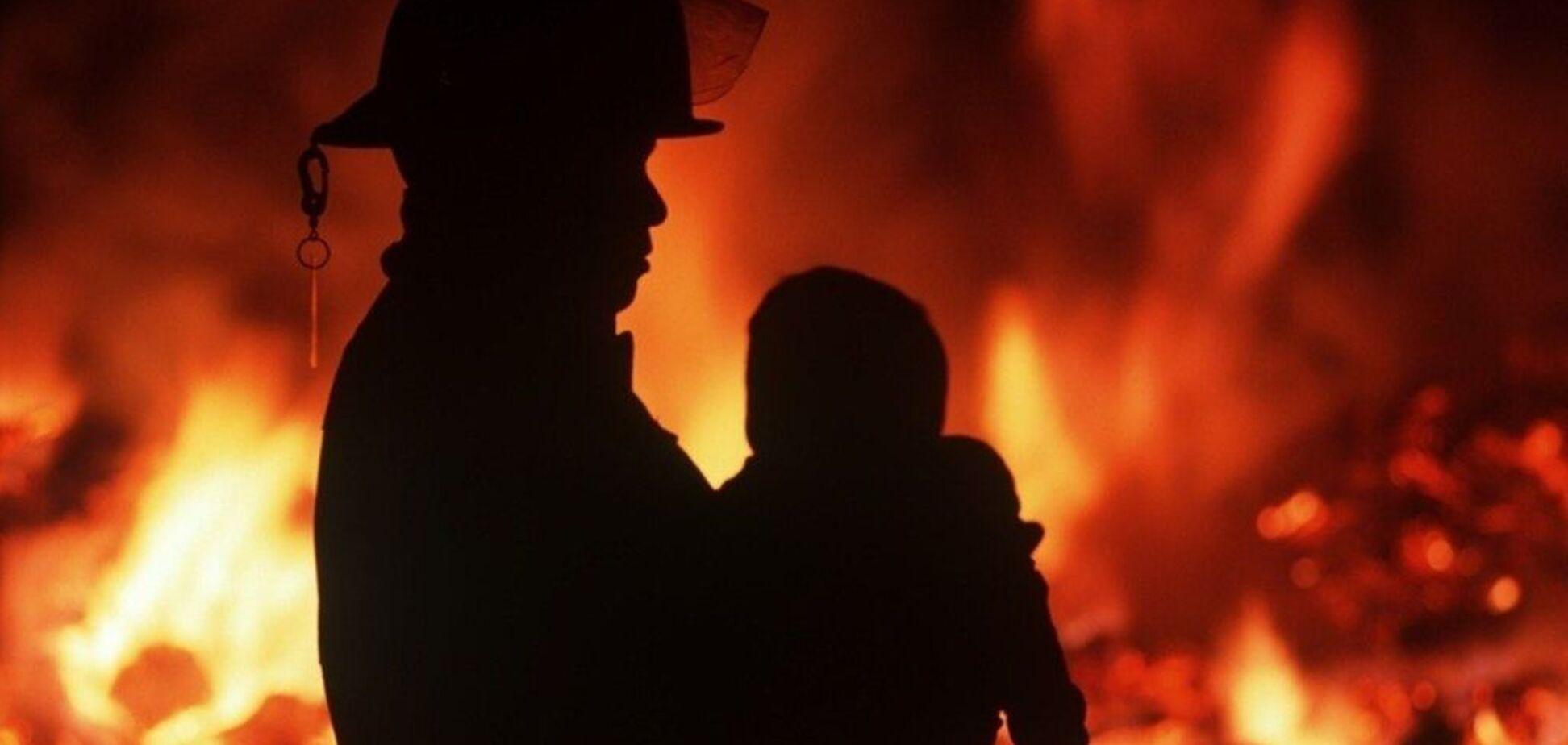 У Дніпрі під час пожежі ледь не вчаділа дитина: перші деталі