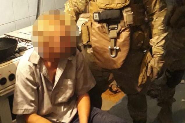 Под Днепром задержали мужчину с гранатой