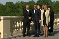 Макрон зробив боляче своїй дружині на очах у Путіна: момент потрапив на відео