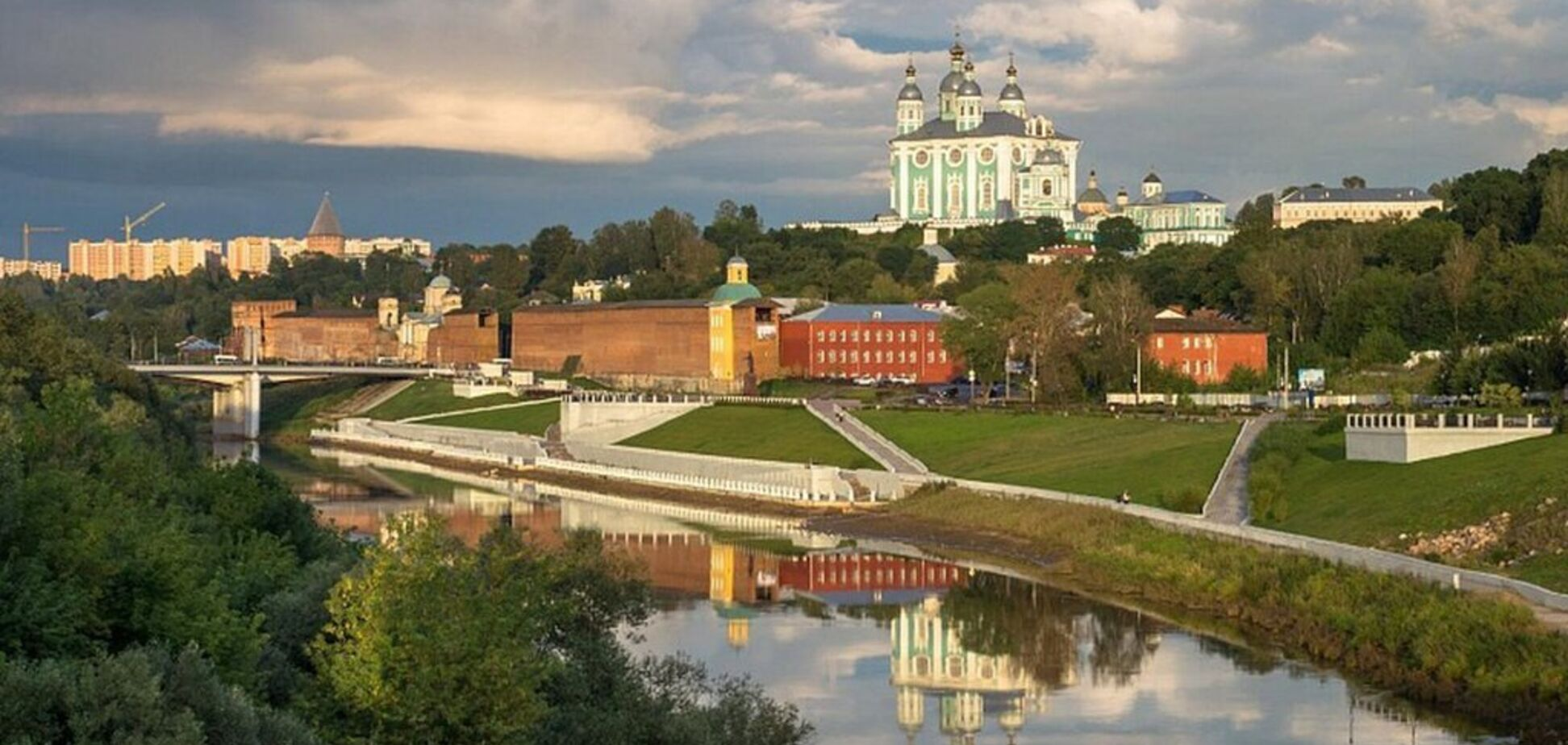 Росія, віддай Смоленськ? Про територіальну претензію до Кремля