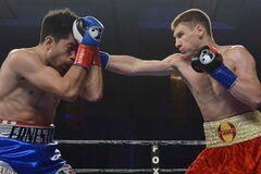 Знаменитий український боксер виграв бій на вечорі UFC