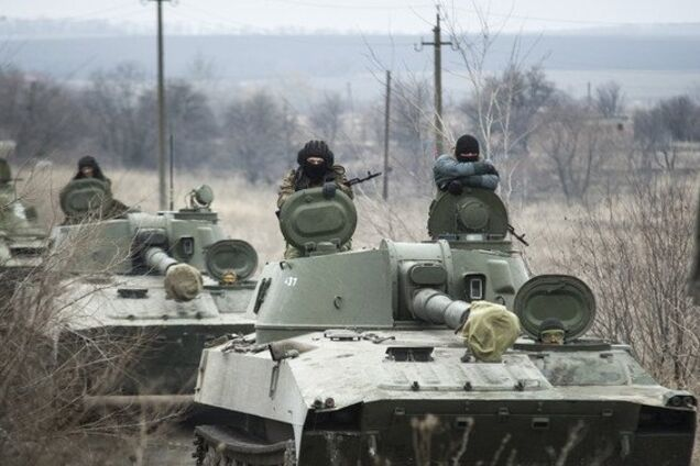 На Донбасі помітили скупчення техніки терористів
