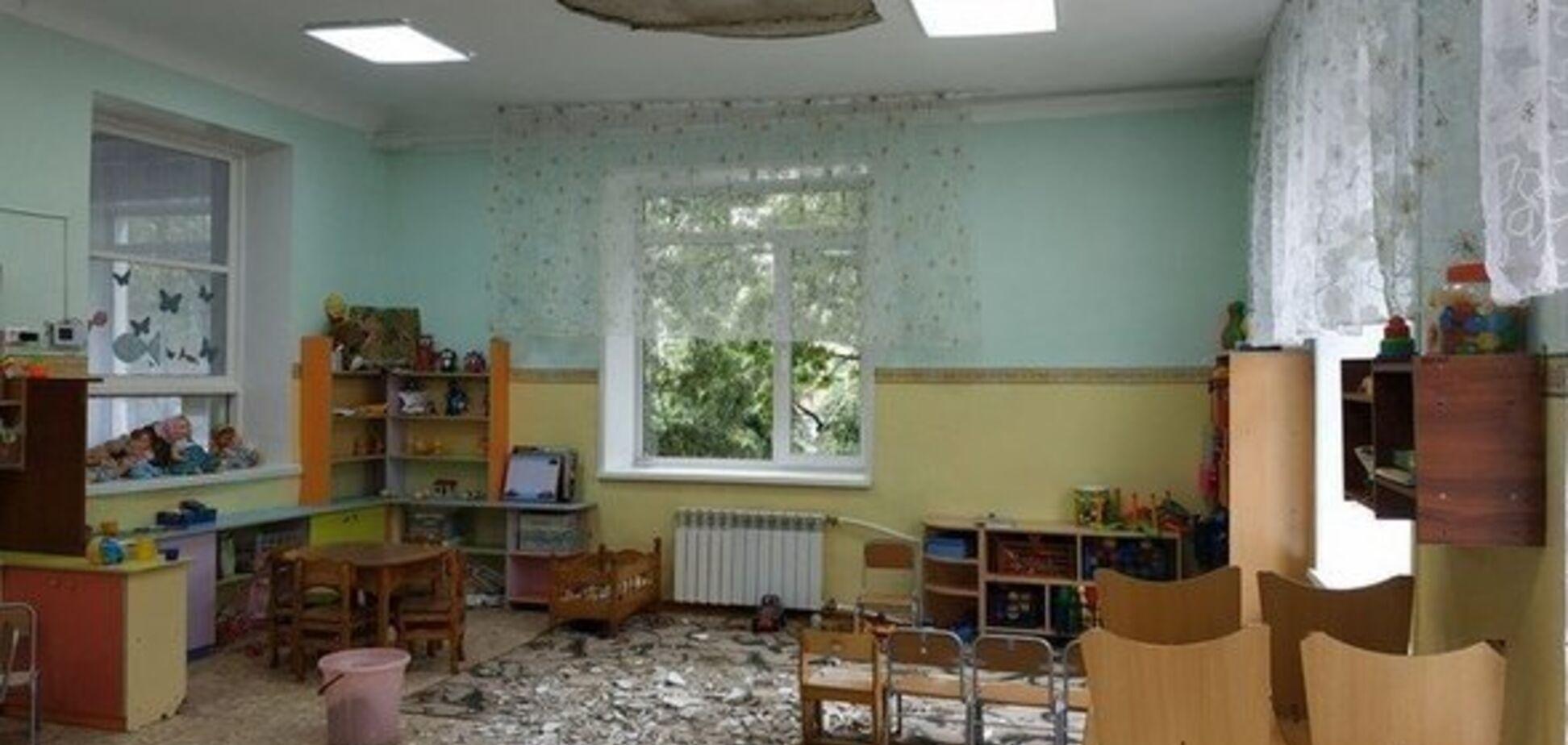 В российском детском саду с потолка упала штукатурка: пострадали трое детей