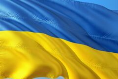 'Все буде Україна!' Зірки зворушливо привітали з Днем Державного прапора