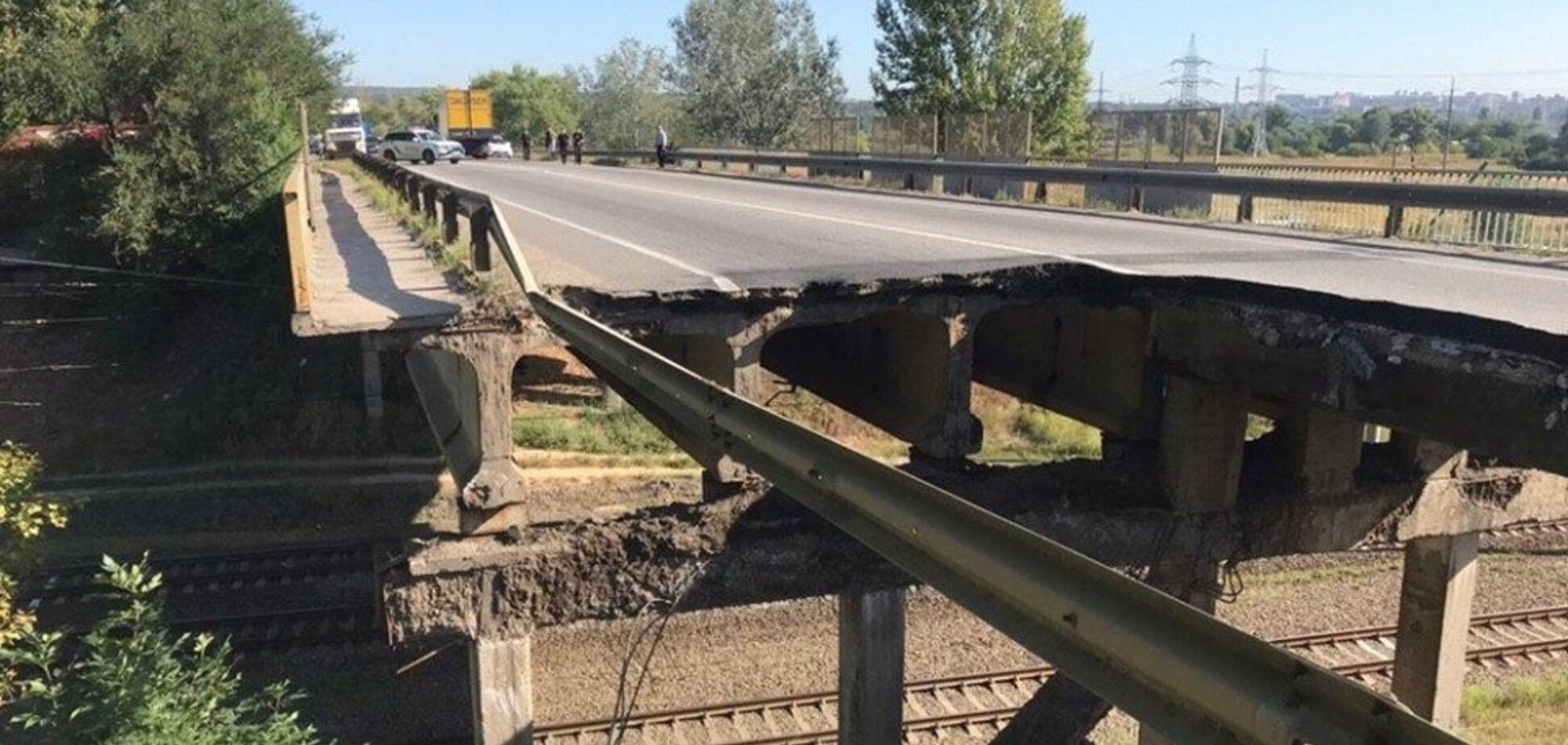 Не витримав: названо причину обвалення мосту в Харкові